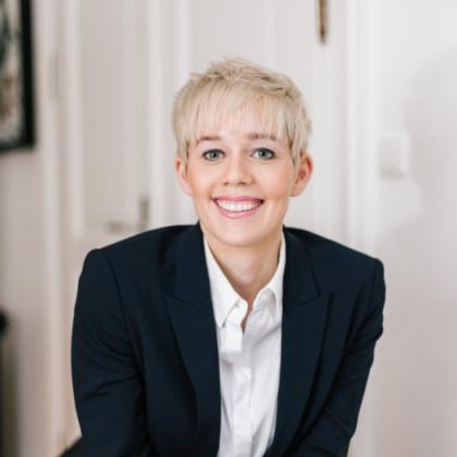 Steffi Burkhart MEET Live Referenten-Agentur