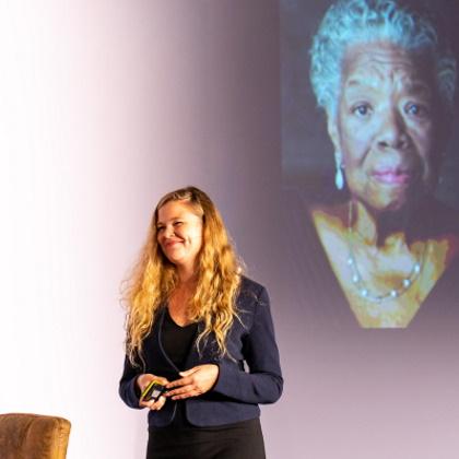 Svenja Mennerich Expertin für Mindfulness & Achtsamkeit