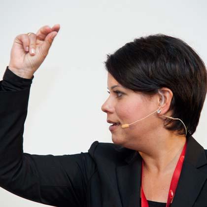 Sita Mazumder Meet Live Referenten-Agentur