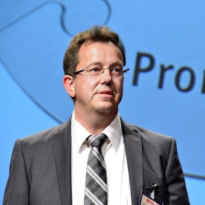 Wolfgang Frick Meet Live Redner